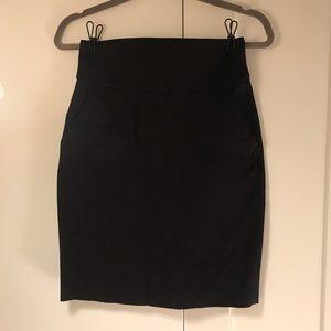 Banana Republic pencil skirt with pockets